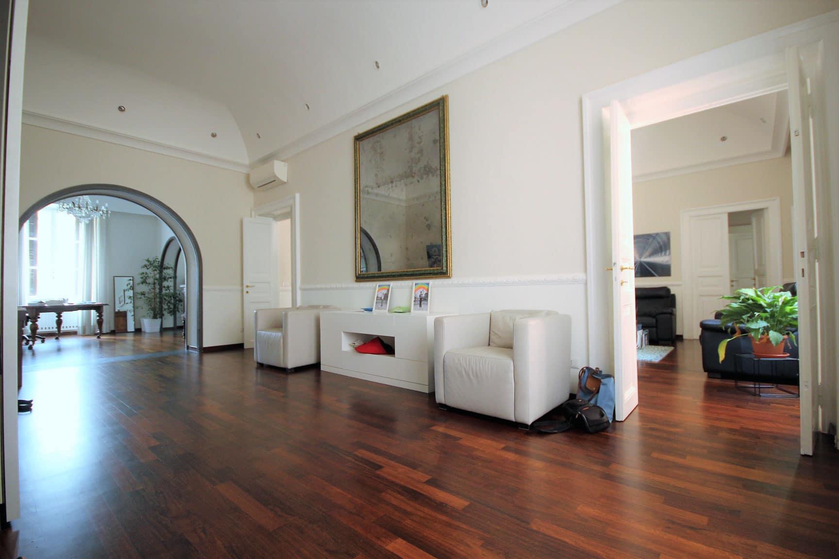 Class country homes class country homes immobili for Affitto uffici di prestigio roma