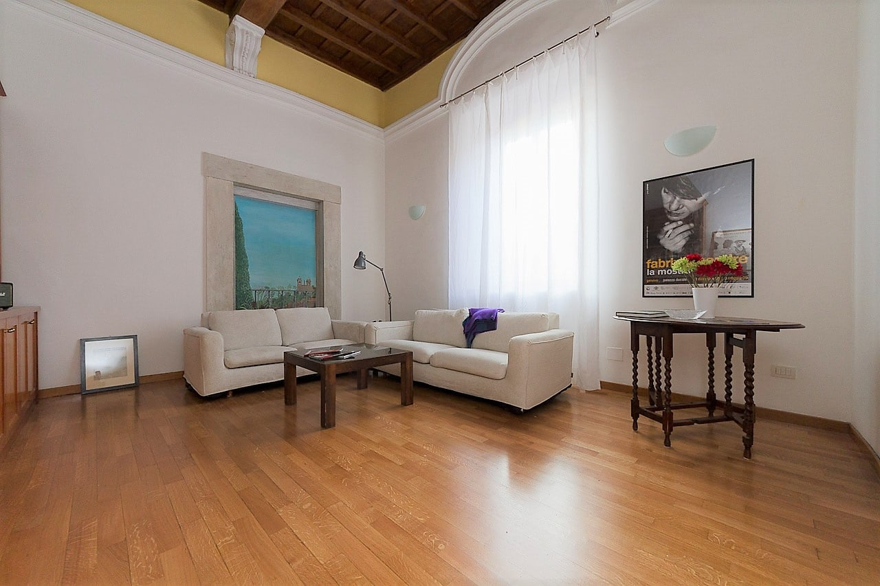 Penthouse Rome Historic Center – Panoramic Apartment at The Spanish Steps