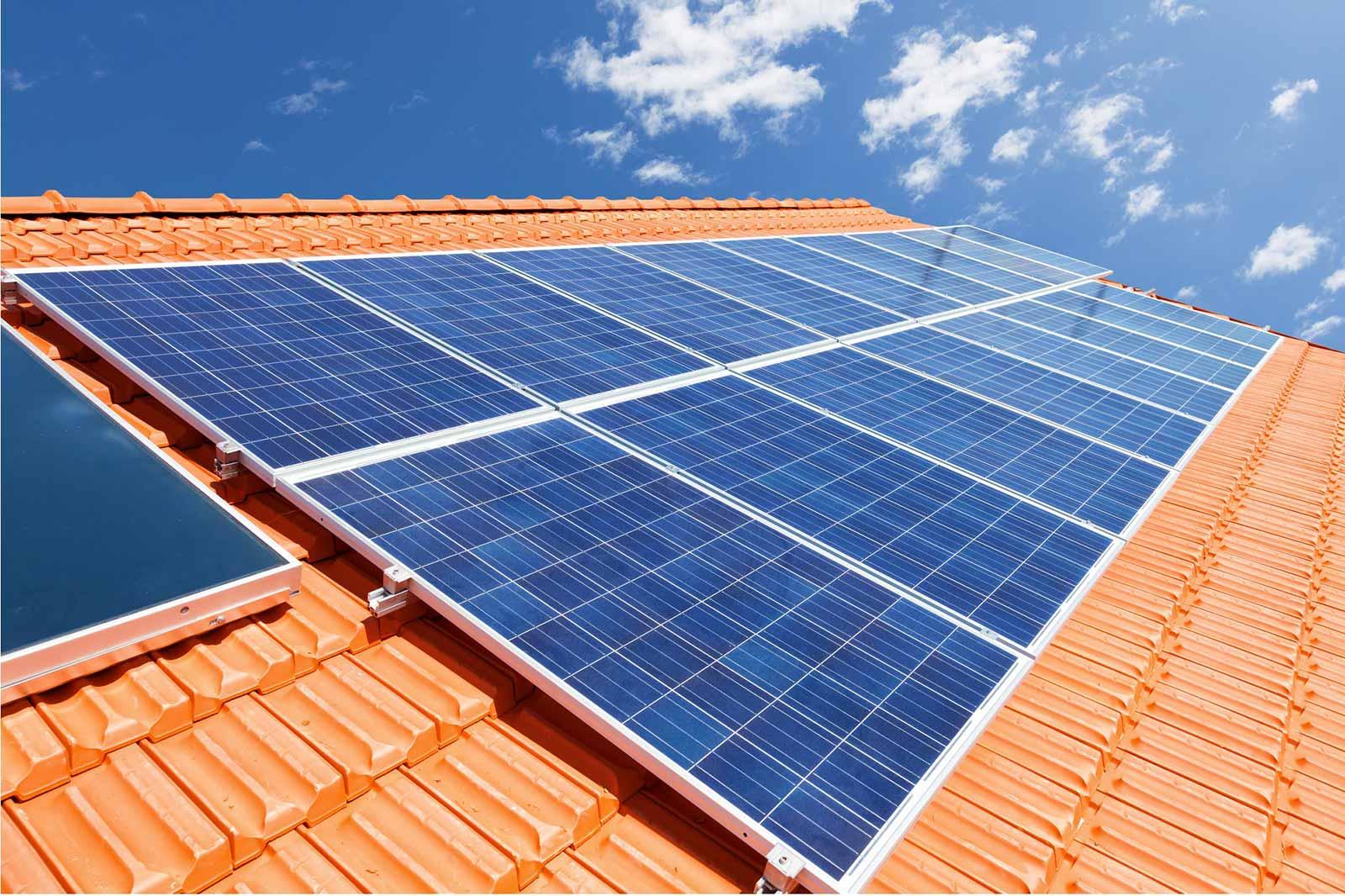 I vantaggi dei pannelli solari termici