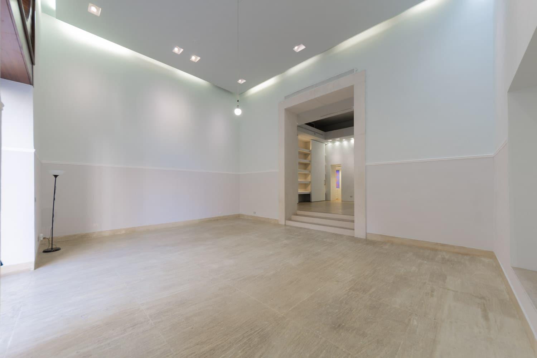 Negozio di Lusso Roma – Esclusivo Locale Commerciale in Centro Storico