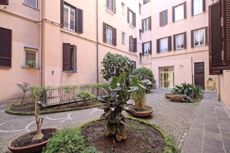 Case in vendita roma prati appartamento via cola di rienzo for Uffici in affitto roma prati