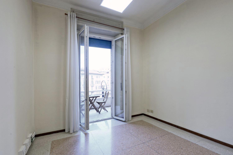 Case in vendita roma prati mazzini grande appartamento a for Uffici in affitto roma prati