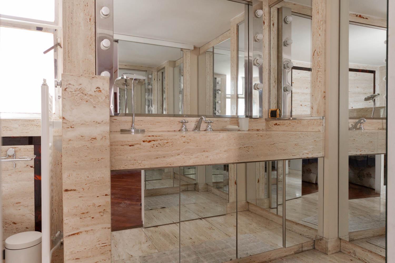 Roma trinit dei monti appartamento arredato in affitto for Affitto appartamento arredato roma