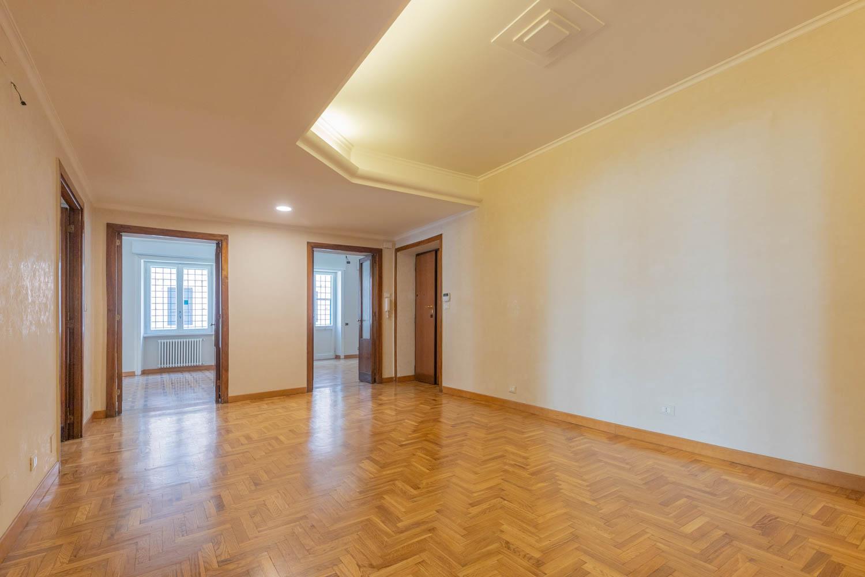 Affitto roma trieste copped elegante appartamento con for Affitto uffici rappresentanza roma