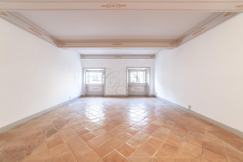 Immobili di Prestigio Roma: Appartamento in Palazzo Nobiliare di via Giulia