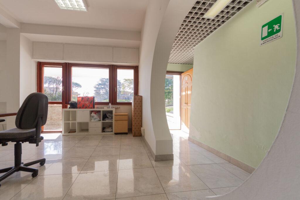 Ufficio in affitto Roma Eur: 443 mq in contesto ...