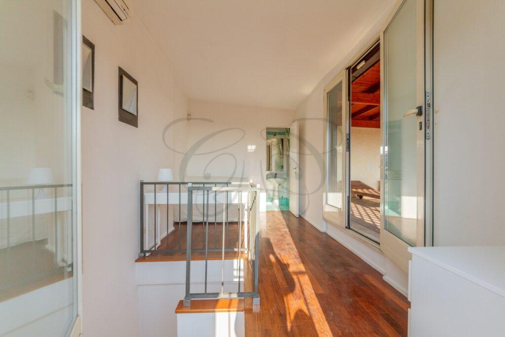 attico roma centro con terrazzo